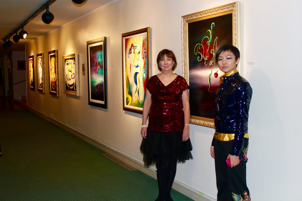 Victoria Yin with collector, Beck Center for the Arts, Ohio November 2010 age 12