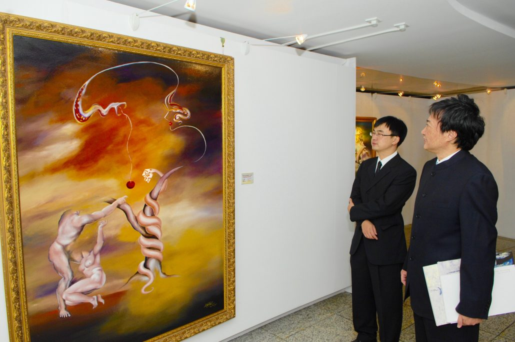 Victoria Yin Exhibition, World Art Museum, China, Wan Jiyuan, President of China Arts & Entertainment Group, China Cultural Ministry, Beijing 2011